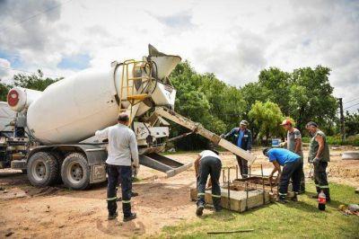 Sujarchuk recorrió obras hidráulicas que la Municipalidad realiza en Belén de Escobar y Garín