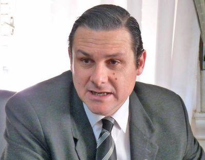 Imponen al Intendente Etchevarren prohibición de acercamiento al Juez Cremonte