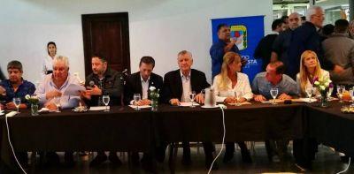 Condena a Gustavo Menéndez: más apoyo del peronismo, más acusaciones contra Vidal