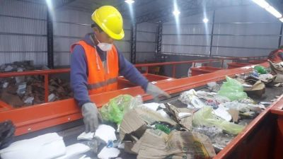 El Centro Ambiental ya funciona a pleno en el tratamiento de los residuos