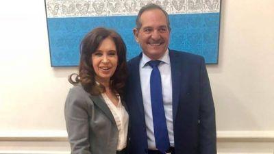 Cristina Kirchner posó para una foto que sacude al peronismo antes de la Navidad