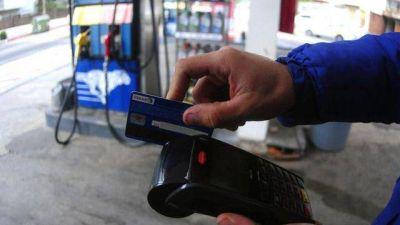 Nafta: crecen las limitaciones para pagar con tarjeta de crédito