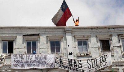 Chile: Portuarios de Valparaíso llegan a un preacuerdo luego de una dura huelga