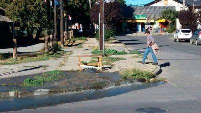 El Gobierno nacional ejecutará obras cloacales en Bariloche