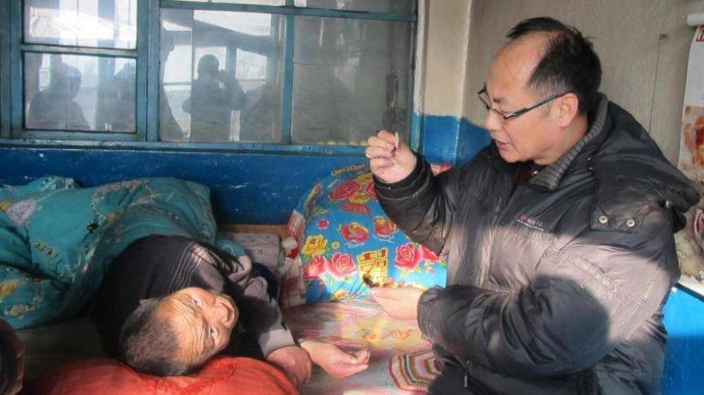 China; el obispo Wei: se está acabando la era de la clandestinidad