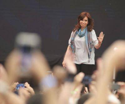 Cristina candidata: dudas personales, reuniones a toda hora y un
