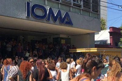 Médicos de AMP, CEMIBO y AMB suspenden el corte de servicio a afiliados de IOMA