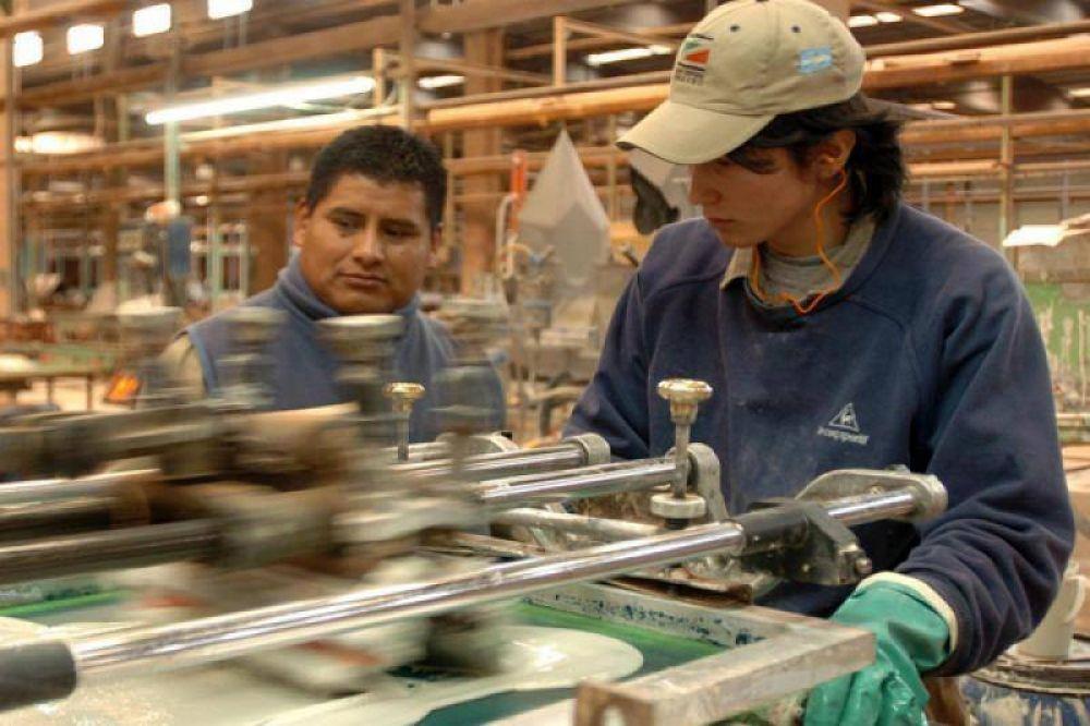 Estiman que la desocupación podría llegar al 14% el año próximo