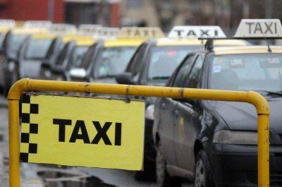 La bajada de bandera del taxi sube desde este jueves más de 50%