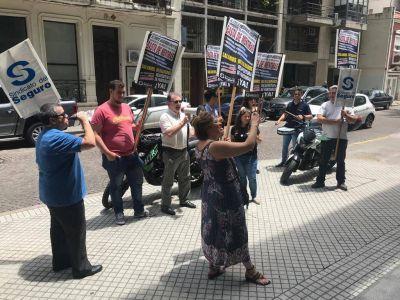 Fin de año caliente en Seguros: reapertura de paritarias y la sucesión de Martínez