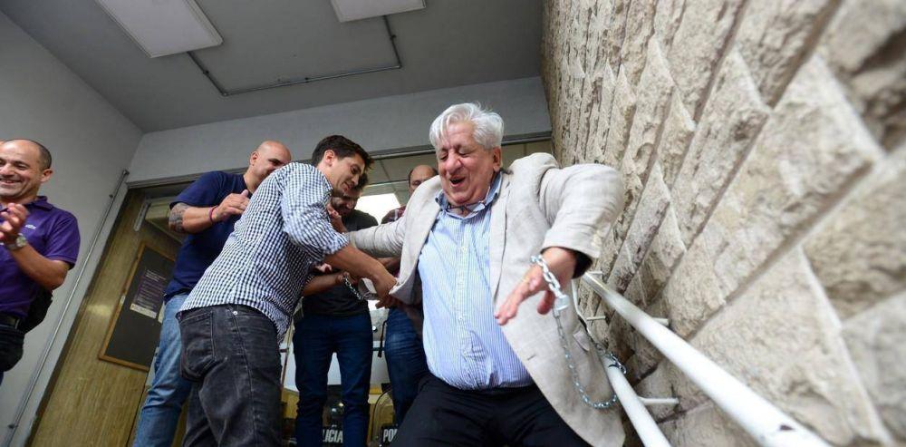 Durísima acusación contra la funcionaria defendida por Julio Piumato