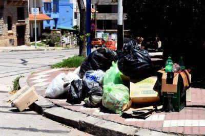 Arroyo llamó a las ONG para limpiar los espacios públicos