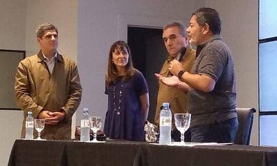 Operación ablande: Sica negocia con la CGT una reforma laboral por goteo