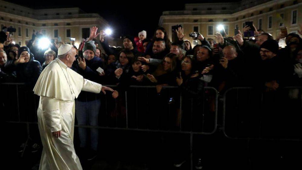 """El Papa despide 2018: """"Dolor y arrepentimiento"""" por la esclavitud de hoy"""