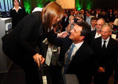 En Mar del Plata se podría votar antes, Pulti de acusado a acusador y tierra de nadie