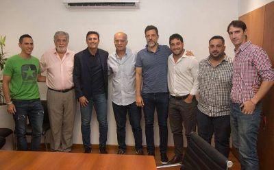 Grindetti y Zanetti firmaron un convenio para construir un polideportivo en Remedios de Escalada