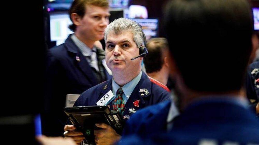 Las 5 razones detrás de la fuerte suba de los bonos y la caída del riesgo país