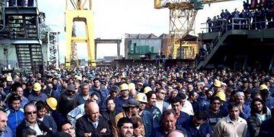 """Luego del acuerdo, los trabajadores del Astillero Rio Santiago festejan: """"Fue un año muy duro"""""""