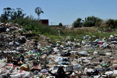 Basurales a cielo abierto y calles intransitables: Batán, una ciudad entre el abandono y la desilusión