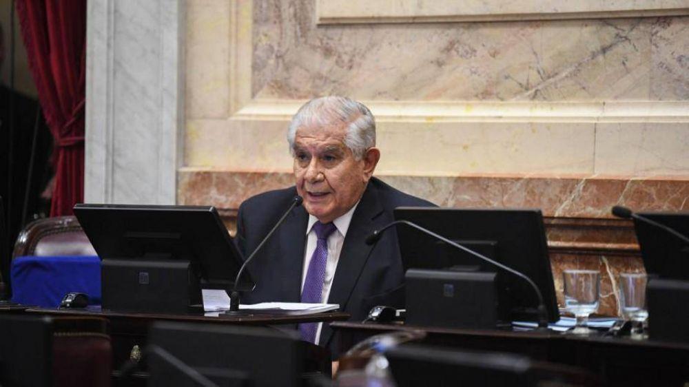 Pereyra, le recordó a Parrilli su apoyo a la privatización de YPF: