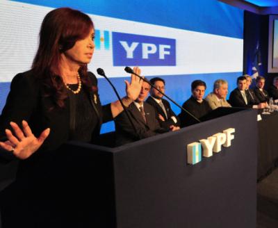 Estatización de YPF: anticipa Clarín el nuevo ring de la lucha contra la corrupción kirchnerista