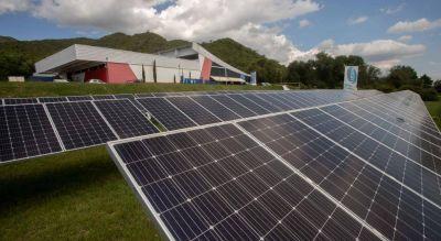 El híper que se abastece sólo de energía solar