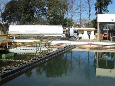 Comienza a reanudarse el suministro de agua en Reconquista