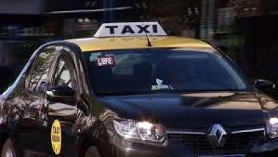 Taxistas convocan a asamblea ante posible desembarco de Uber