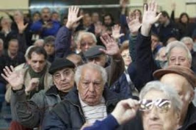 Crisis en el moyanismo por nuevo sindicato de jubilados