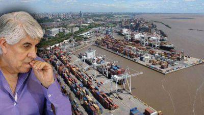 Moyano se mete en un conflicto entre operadores del puerto porteño