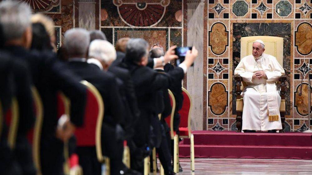 El Papa: Populismo y violencia amenazan el mundo, urge nuevo diálogo