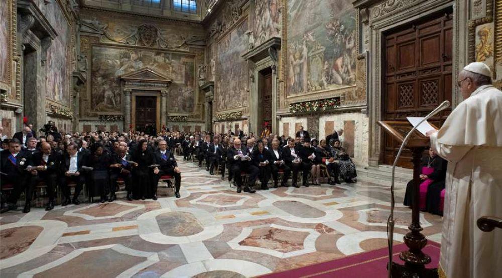 Papa Francisco aborda el Acuerdo Vaticano-China en su discurso al Cuerpo Diplomático
