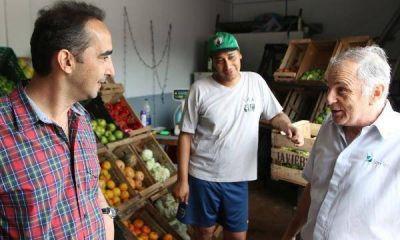Tagliaferro recorrió las obras sobre la calle Sánchez del barrio San Juan