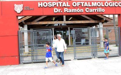 Julio Zamora y su equipo supervisaron la atención del Hospital Oftalmológico de Tigre