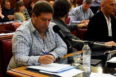Mourelle demora el pago de los salarios del Concejo Deliberante