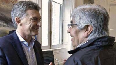 El gobierno dio marcha atrás y fue a rendirle pleitesía a Hugo Moyano