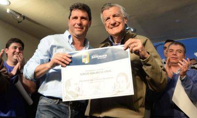 Gioja negocia con Uñac una cláusula para que no se sume al PJ Argentina Federal