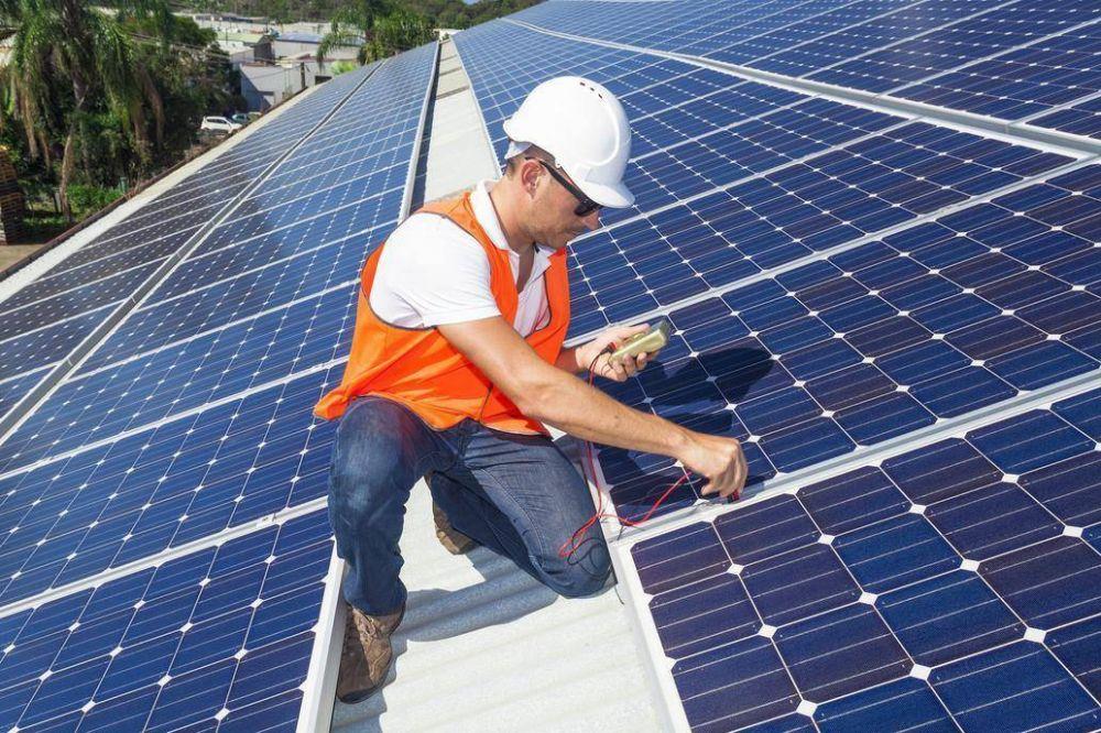 El sueño de la energía propia: Por qué no termina de despegar el negocio de los paneles solares hogareños