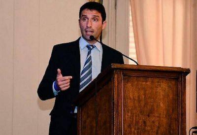 Para Italiano, el aumento de ABSA es inapropiado e inoportuno