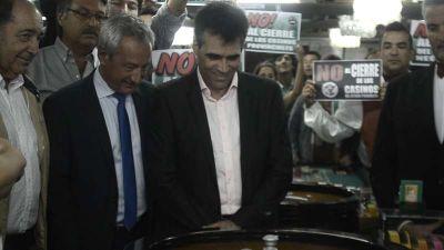 López arrojó la primera bola de 2019 y enfatizó en la lucha por la continuidad del Casino
