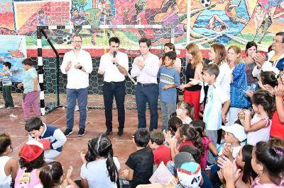 Ante cientos de chicos, se inauguró el programa provincial Escuelas Abiertas en Verano