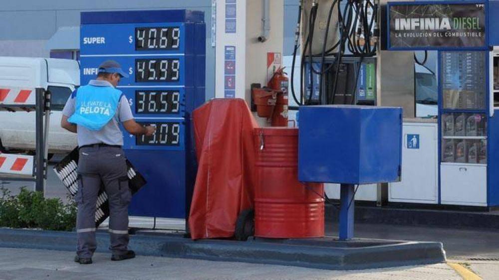 """Cristian Folgar: """"Mientras el crudo baje y el dólar siga estable, el precio del combustible seguirá cayendo"""""""