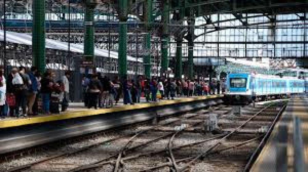 Con otro ajuste, los gremios ferroviarios lograron un aumento anual de casi 47%
