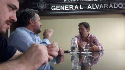 Joaquín De la Torre envió a su hermano a recorrer la provincia y podría ser candidato por fuera de Cambiemos