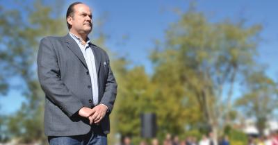 Olivera firmó un convenio con el ministro Roberto Gigante