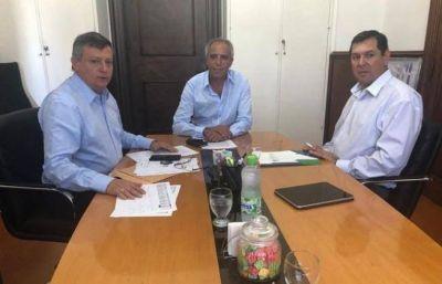 El gobernador gestiona obras hídricas para la provincia