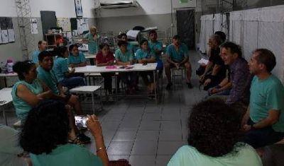 Katopodis respaldó a los trabajadores de la textil de Villa Lynch que cerró