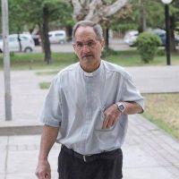 El sacerdote que se negó a ayudar a su amante moribunda fue suspendido, pero no irá preso