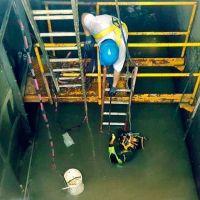 ABSA contrató un buzo para inspeccionar la Planta Potabilizadora de Punta Lara
