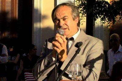 Desde Tapalqué, el intendente se suma al rechazo al adelantamiento de elecciones